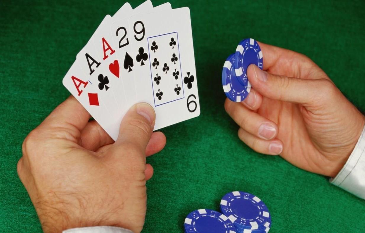Комбинация сет в покере